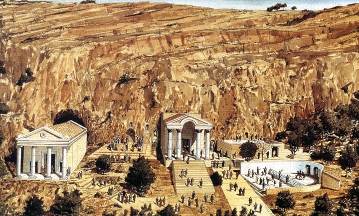 上图:该撒利亚腓立比的艺术想象图,从左到右依次是:大希律所建供奉罗马凯撒奥古斯都皇帝的大理石庙(后面是潘神洞),供奉希腊牧羊神潘Pan和宁芙众仙女Nymphs的广场,供奉希腊众神之王宙斯Zeus的大理石庙,供奉希腊涅墨西斯Nemesis复仇女神的神龛,献祭山羊的墓庙,潘神和跳舞山羊的庙。岩壁上还刻了许多供奉其他偶像的神龛。主耶稣特意带领门徒从迦百农跋涉60多公里山路来到这里,为要在这偶像庙宇中间问众门徒:「你们说我是谁?」(太十六15)。