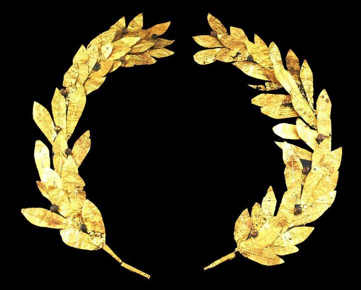 上图:塞浦路斯出土的主前4-3世纪的金桂冠。