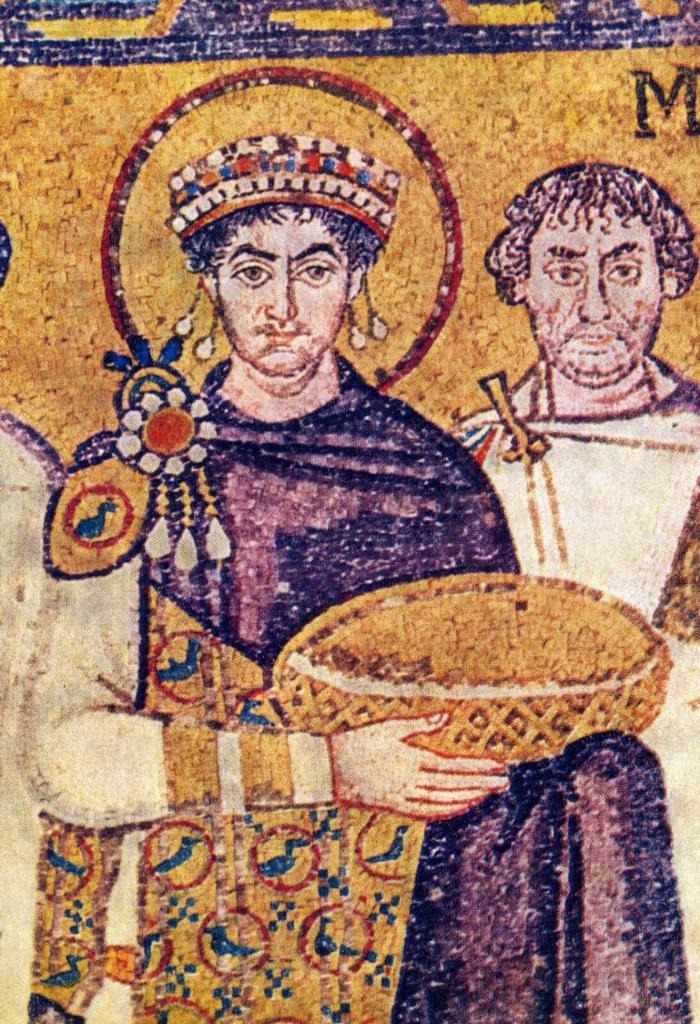 上图:东罗马帝国皇帝查士丁尼一世(Justinian I,主后527-565年在位),身穿推罗紫的王袍。