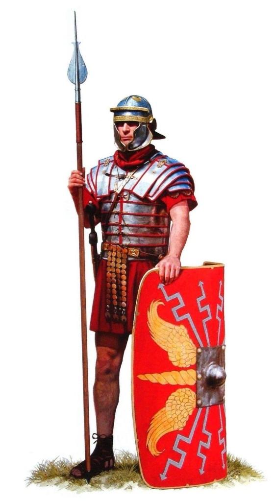 上图:第二世纪早期的罗马士兵。古罗马最初采用征兵制,士兵需要自行购置武器装备。主前1世纪,盖乌斯·马略进行了军事改革,以募兵制代替征兵制。无财产者也可以应募入伍。罗马公民加入罗马军团(Roman legion)后,必须服役16年。退伍后可在被征服地区分得土地、或一次性退休金。退伍士兵有时能集体参与新的殖民都市建设,在工程期间领取工资、完成后拥有私人地产。此类殖民都市(如腓立比)经常成为大量退役士兵及其妻小的聚居地,在一定程度上促进了罗马士兵的世袭化。辅助军团的士兵通常由未获得罗马公民权的行省住民组成,退役后将得到罗马公民权。