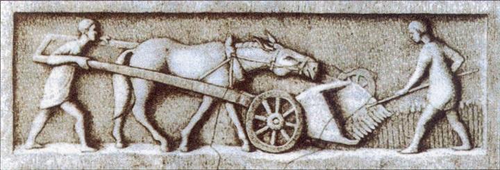 上图:古罗马农夫收割的浮雕。农业在古罗马文化中获得高度重视。许多作家称赞简单的农村生活,赋予它古罗马美德的光环,西塞罗认为耕作是所有罗马职业中最好的。主前2世纪,卡托的《论农业 De Agricultura》中说:最好的农场是葡萄园,其次是得到灌溉的花园、柳树园、橄榄园、草地、粮食园、林木园,最后是橡树木材园。古希腊从主前5世纪开始使用作物轮耕的方法,建立大庄园农场,而罗马仍然是家庭作业式的小型农田。主前3至2世纪,罗马与迦太基、希腊、希腊化的中东接触以后,改善了农业方法。罗马农业的生产力和效率,在晚期共和国和早期帝国达到顶峰。
